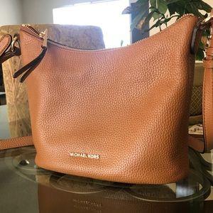8dcdb394020e Michael Kors Bags - Michael Kors Lupita Messenger Bag